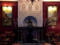 salon del hotel de lujo la sultana de marrakech